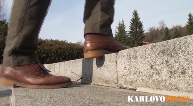 Разместени стъпала и разрушена фугировка към паметника на Христо Ботев (ВИДЕО)